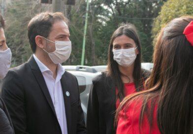 """Cierre de listas- Sebastián Abella presentó a Elisa como precandidata a Concejal por """"Juntos"""""""